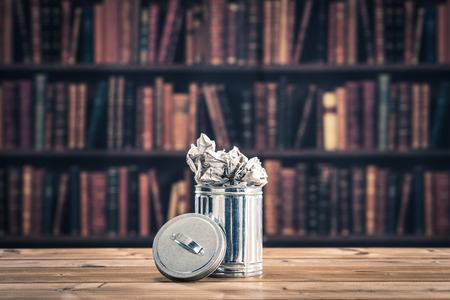 de trash.bookshelf achtergrond