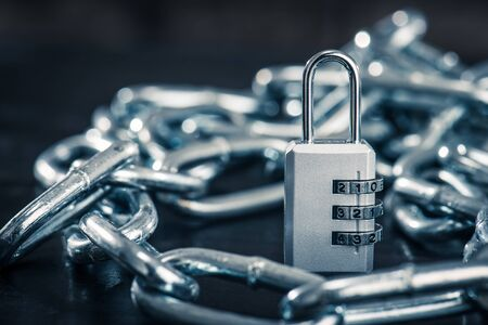 dial lock: Key and chain