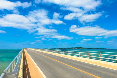 Irabu bridge, Miyako Island in Okinawa Imagens