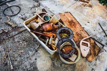 plating: Rusty tools