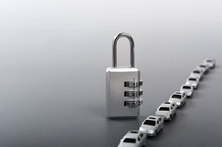 ダイヤル ロックと車 写真素材
