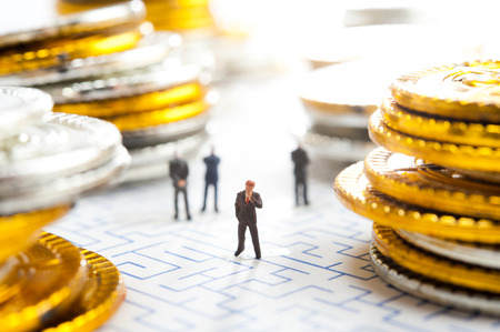 insider: Maze and businessmen, miniature,