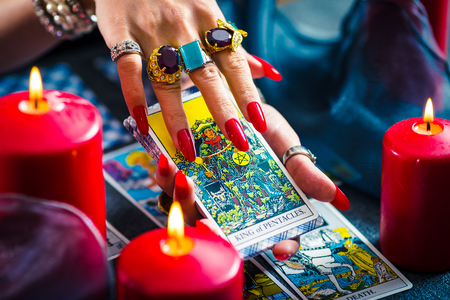 Female tarot cards fortune telling Stock Photo - 91839803