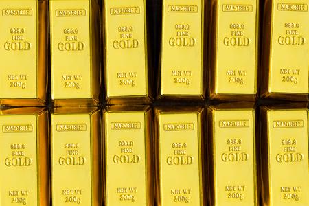 Lots of gold bullion 写真素材 - 95507158