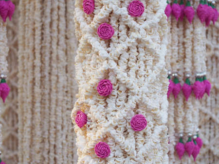 popped: Garland of Pattern made of Popped Rice that replace jasmine and rose