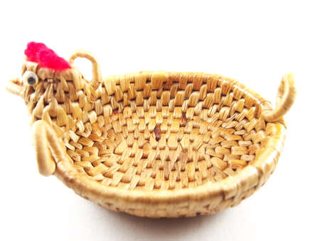 water hyacinth: Weave basket, dried water hyacinth with chicken shape