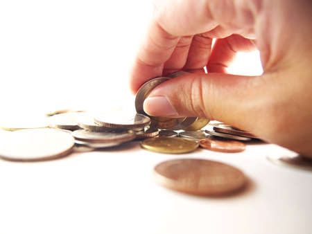 make an investment: Take coins by hand, economy expense