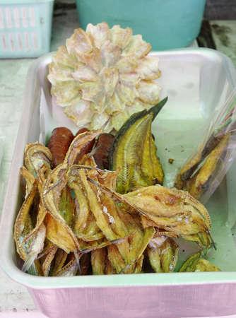 Crispy Fried Fish health food Standard-Bild