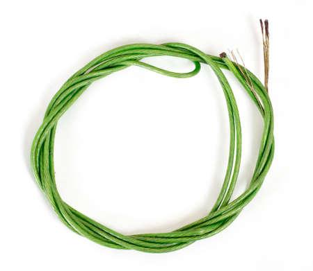 elongacion: El cable de acero eamless aislado en blanco