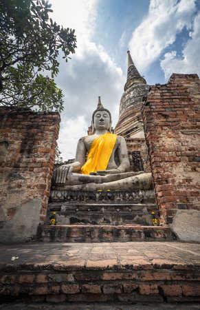 Wat Yai Chai Mongkol, Buddha statue in Thailand