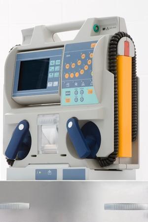 tachycardia: desfibrilador para la sala de emergencias