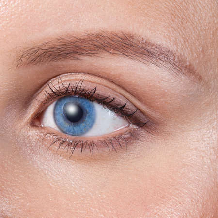 maquillage: Close up of a blue woman eye