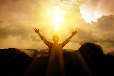 하늘에 올려 진 하나님의 팔에 감사드립니다.
