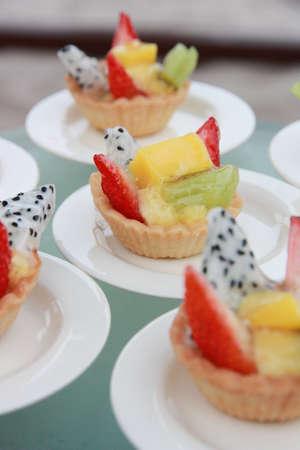 postres: Tarta de frutas Foto de archivo