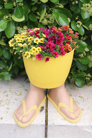 flip flop: Flip Flop Flower Pot (garden decor)