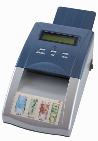 fake money:  detector of banknotes for the count of notes and determination of fake money