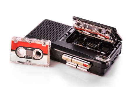 tape recorder: dict?fono sobre fondos blancos Foto de archivo