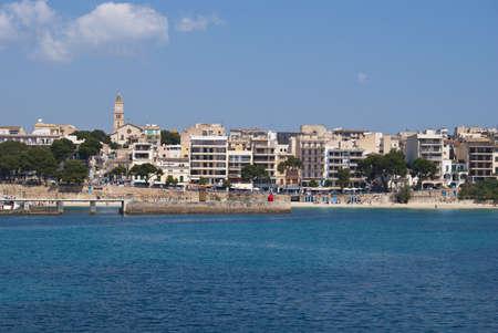 Playa de Porto Cristo y ciudad center, isla de Mallorca, Espa�a  Foto de archivo - 7778115