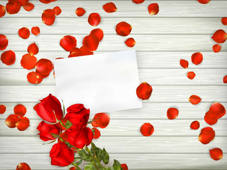 Liebesszene mit freiem Platz für Text. Tabelle mit Rosenblüten, Geschenk und Rose. Draufsicht.