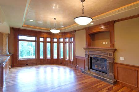 unfurnished: unfurnished living room