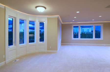 unfurnished: New large American house