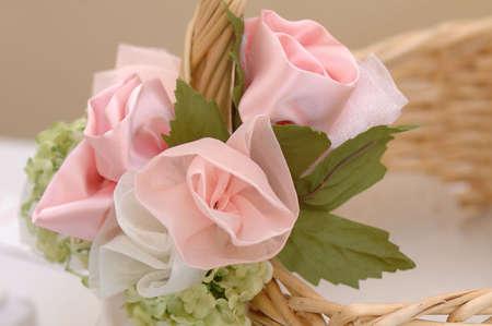 핑크 꽃 바구니 리셉션에서