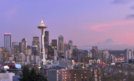 MOUNT RAINIER: Downtown in the city of Seattle after sunset