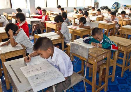 Le test national des �tudiants de 3e ann�e DE 8 - 9 Mars 2012, Ban Na �cole, Nan Tha�lande