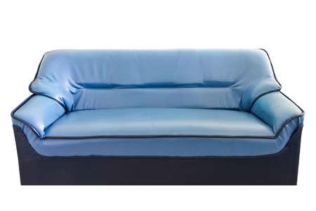 blue leather sofa: il divano in pelle blu isolato su bianco