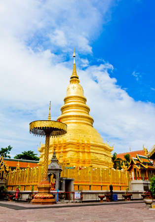 Wat phra that hariphunchai at Lamphun province, Thailand Stock Photo - 14129536