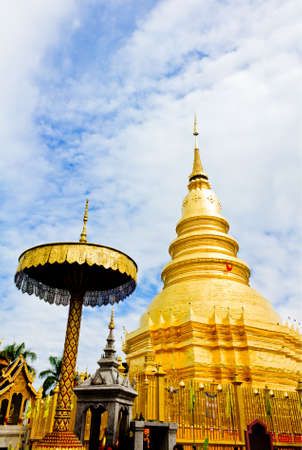 Wat phra that hariphunchai at Lamphun province, Thailand Stock Photo - 14217082
