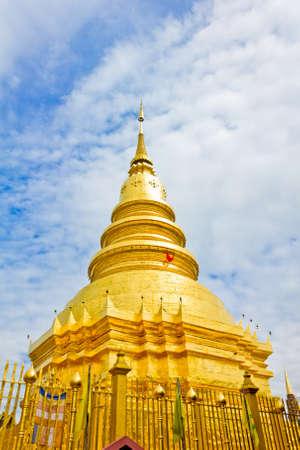 Wat phra that hariphunchai at Lamphun province, Thailand Stock Photo - 14217086