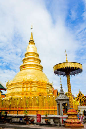 Wat phra that hariphunchai at Lamphun province, Thailand Stock Photo - 14217095