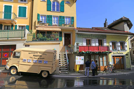 patisserie: Patisserie truck in small town of Cully on Lake Geneva, Switzerland