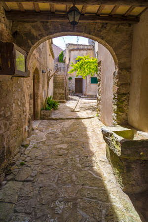erice: Traditional Sicilian yards in medieval city of Erice