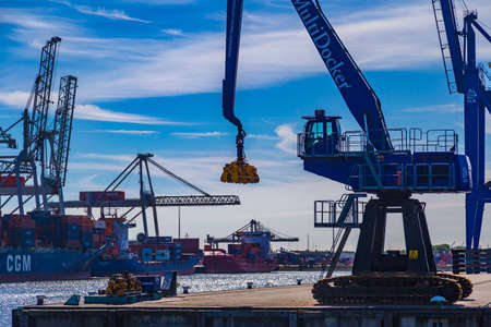 tonnage: Large container crane in Port of Rotterdam, Netherlands