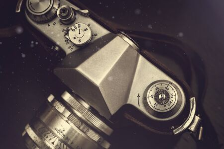 Old vintage retro camera. Photography equipment. Lens. Stockfoto