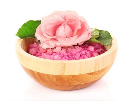Bowl soli różowy łaźni z kwiatem na biały