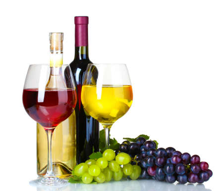 wine bottle: Ripe grapes, wine glasses and bottles of wine isolated on white