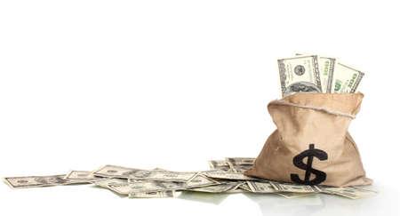 letra de cambio: Una gran cantidad de billetes de cien d�lares en una bolsa aislada en blanco