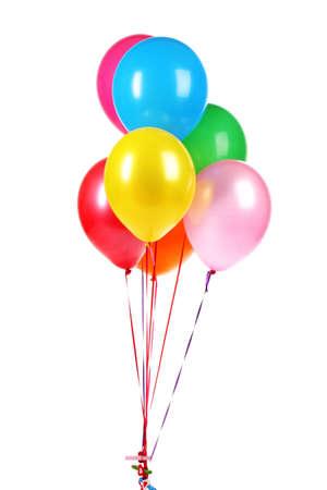 heldere ballonnen op wit wordt geïsoleerd