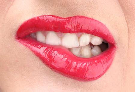 labios sexy: hermosa composición de glamour brillo labios rojos Foto de archivo