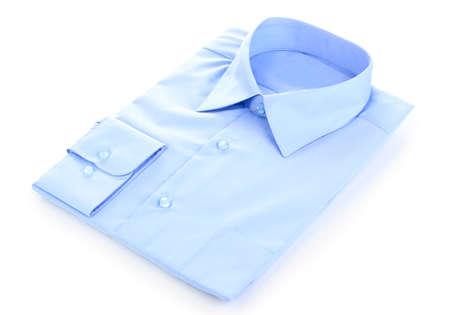 Nuova camicia blu da uomo isolato su bianco
