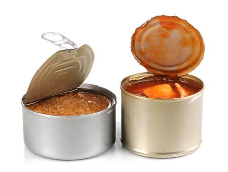 comida rica: Abrir las latas de estaño aisladas en blanco