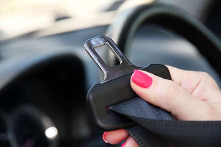 cinturon seguridad: Cintur�n de seguridad en el coche