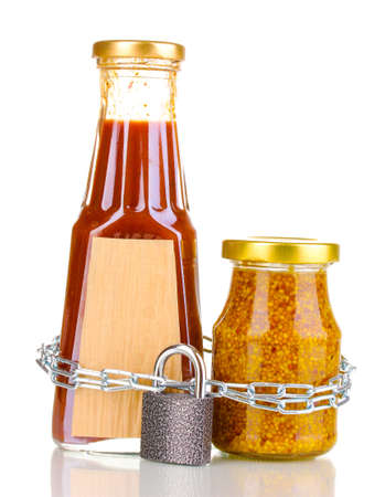 distinguishing: Secret ingredients with chain and padlock isolated on white