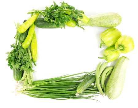 frischem Gemüse isoliert auf weiß