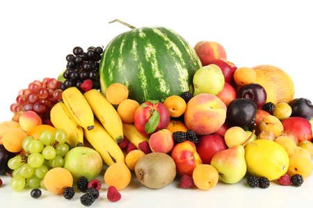 platano maduro: Bodegón de frutas aisladas en blanco Foto de archivo