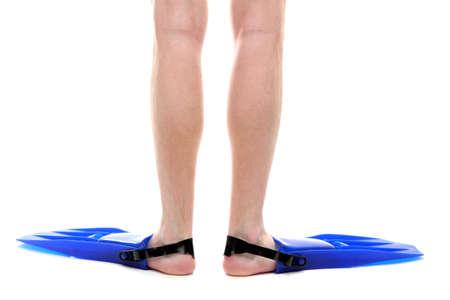 piernas hombre: piernas del hombre en aletas aislados en blanco