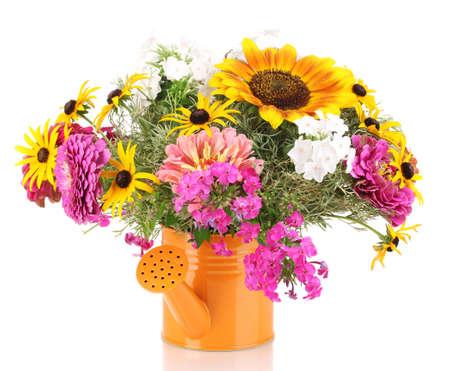 Beautiful Bouquet Von Bunten Blumen Im Eimer Isoliert Auf Weiß ...